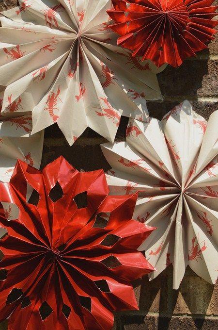 crawfish boil party ideas diy decorating paper fans