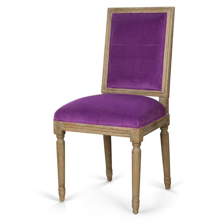 Silla de terciopelo violeta