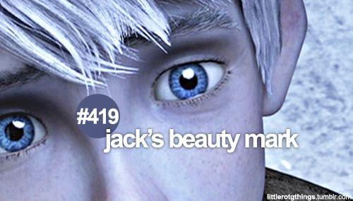 Oh my gosh! I didn't know he has a beauty mark!