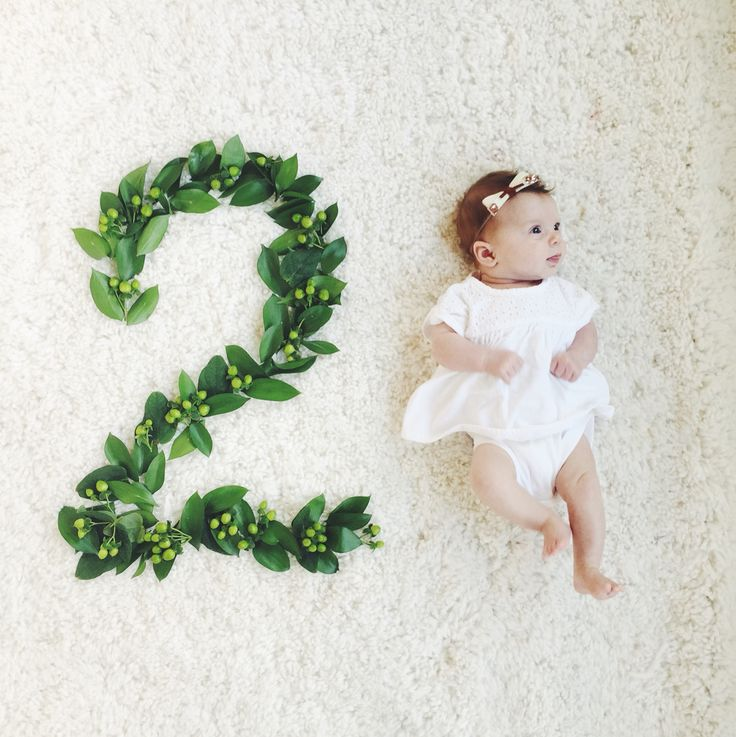 Monthly baby photos - baby Lilly at two months