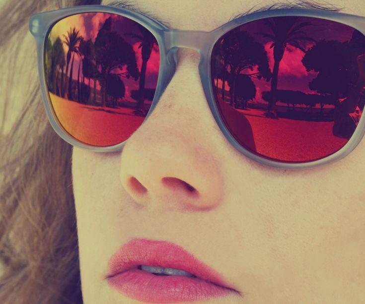 Tendencias primavera-verano 2013: gafas de espejo, para verte mejor…