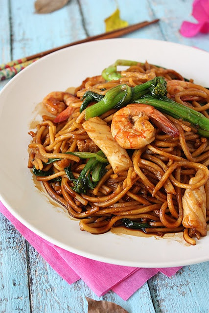 HOKKIEN MEE wok tossed noodles. Looks good but I've never heard of some of these ingredients...google to the rescue!?