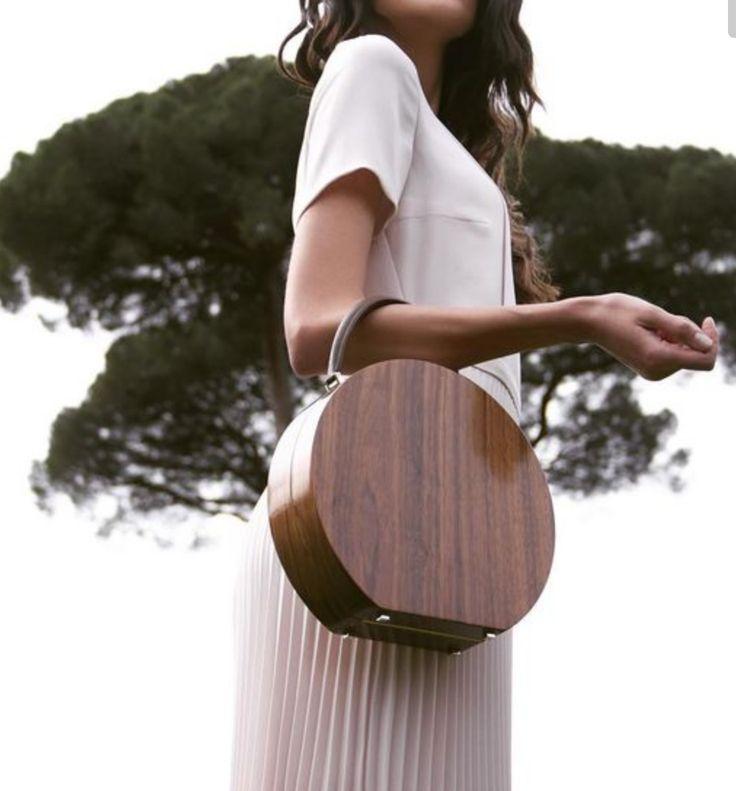 wooden handbag//