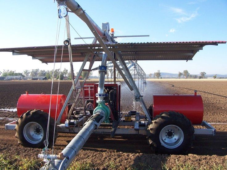 Zimmatic Lateral Move Irrigator at Gunnedah NSW Australia. Constructed by TEAM Irrigation Dubbo