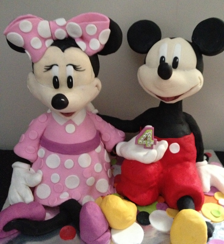 Mickey & Minnie Mouse Figurines
