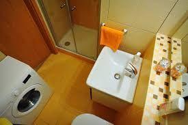 Výsledek obrázku pro malá koupelna s wc