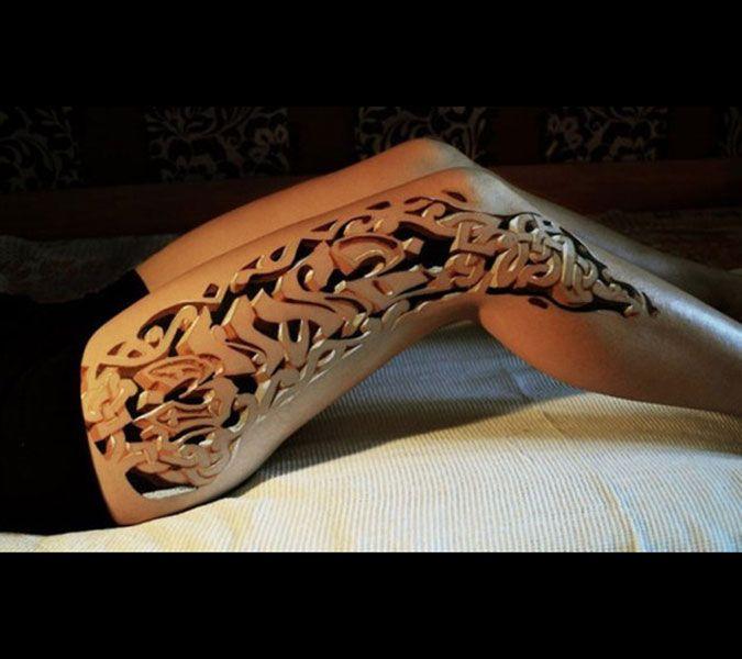 Sıradan kuru kafalar ve güller, sevilenlerin isimlerinin yazılması devri bitti. Son yıllarda gittikçe artan dövme talebine karşı, dövme sanatçıları da yepyeni yöntemler ve tarzlar geliştiriyorlar. Optik illüzyon, ya da üç boyutlu İşte bunlara en çarpıcı örnekler…