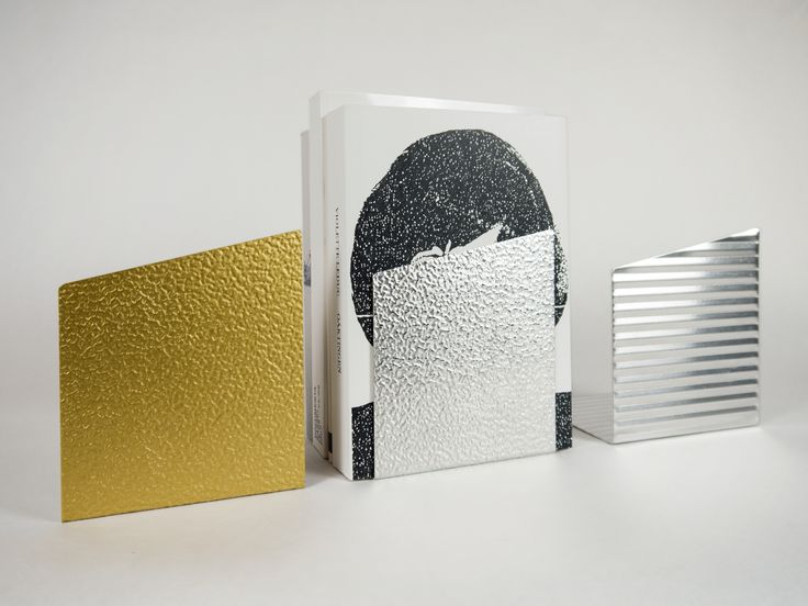Jenny Nordberg - Cut and bend book ends http://jennynordberg.se/3-to-5-seconds-rapid-handmade-production-2014/