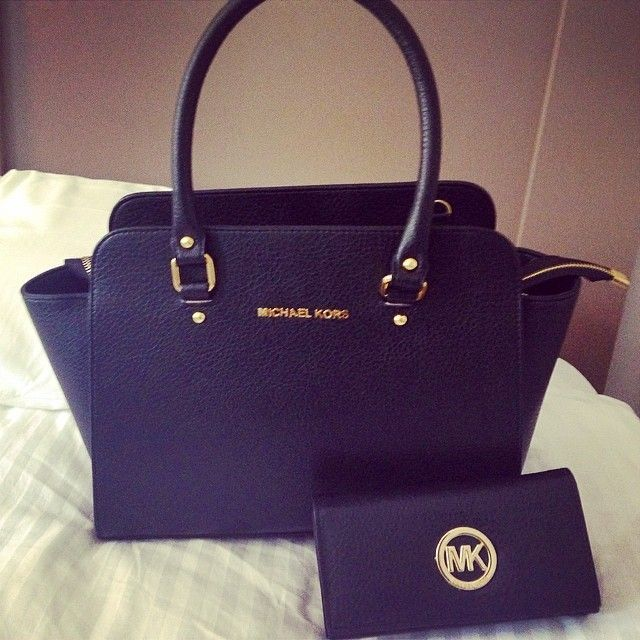 I Love This Michael Kors Handbag And Purse Have A 50 Voucher For John Lewis Might Spend It On Beautiful Brittanylanex Mk