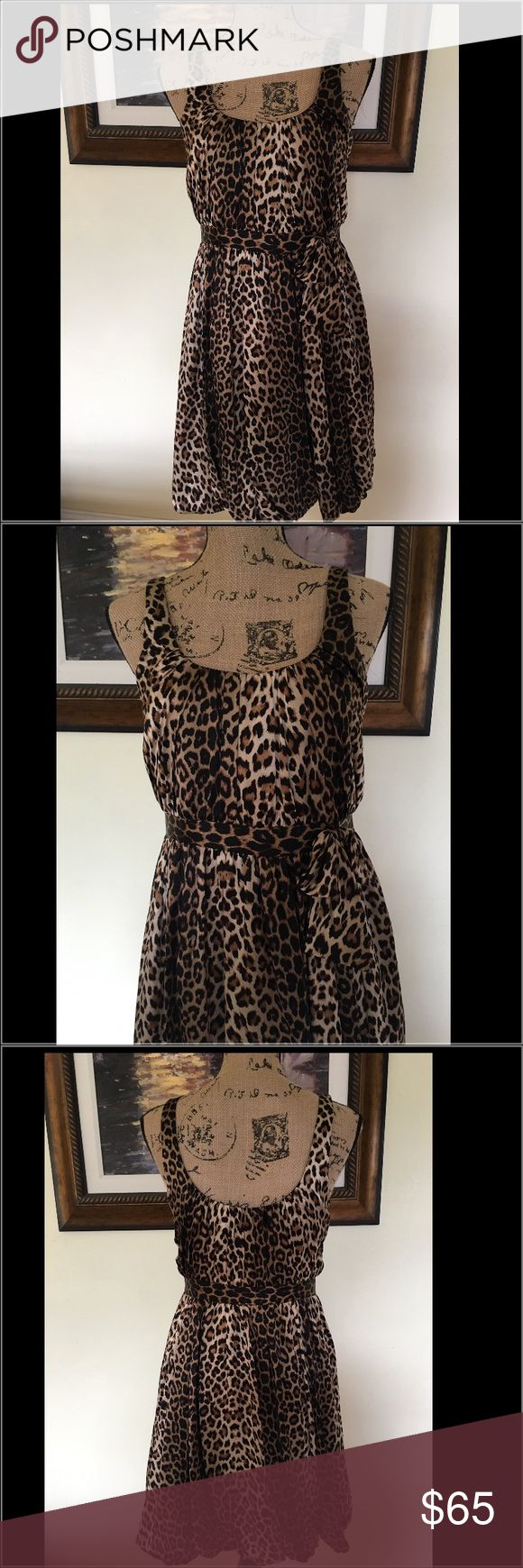 Laundry by Shelli Segal Leopard Dress Laundry by Shelli Segal Leopard Dress.  Worn once to a party.  Complete this outfit with a clutch bag and a pair of stilettos! Laundry by Shelli Segal Dresses Mini