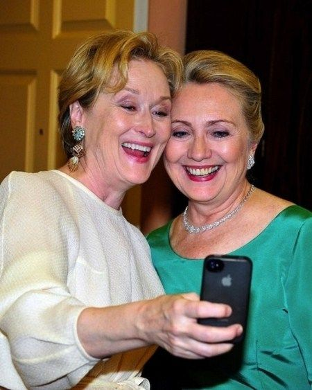 Meryl Streep and Hilary Clinton. Two Strong and confident and beautiful women together.