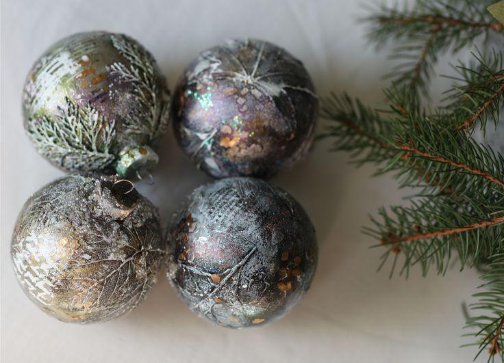 Новогодние шары с сухоцветами сделаны по курсу от Надежды Хмелевской