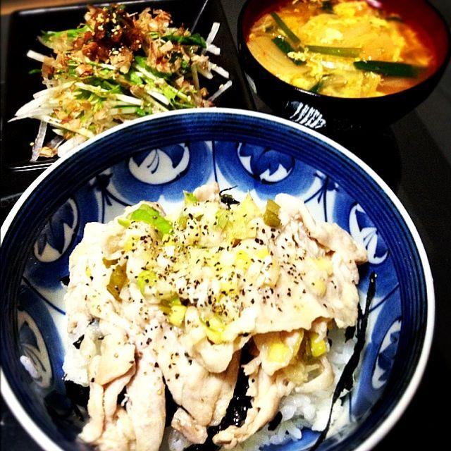 塩麹ばんざいうますぎる - 10件のもぐもぐ - ネギ塩豚丼、水菜と大根の梅シソサラダ、キムチのニラ玉スープ by Maricoskitchen