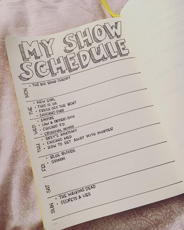 TV SHOW SCHEDULE - bullet journal -  Instagram photo by @craftydeesigns • 105 likes