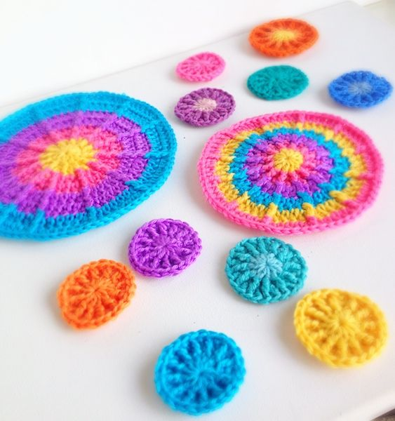 Crocheting In A Circle Pattern : crochet circles crocheted granny squares Pinterest