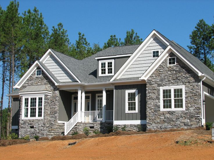 Love the mix of stone and siding Vinyl Siding PortfolioBest 20  Rock siding ideas on Pinterest   Stone siding  Stone  . Siding For Houses Ideas. Home Design Ideas