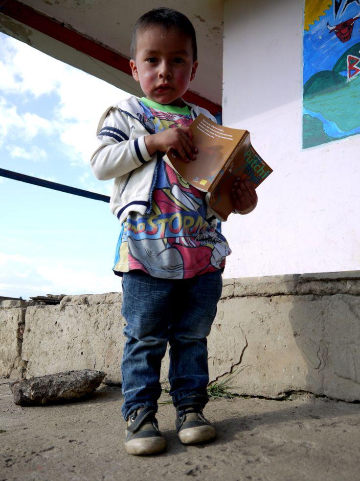 Aprendiendo desde muy pequeño, será alguien importante!