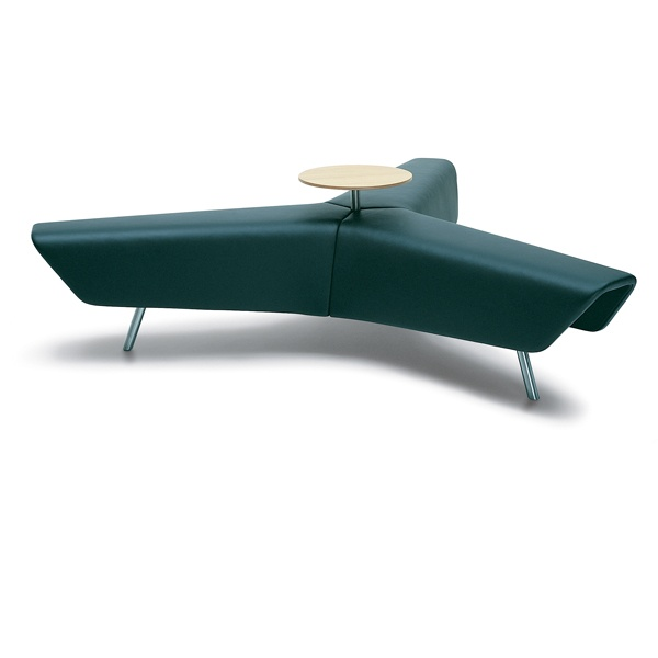 HM83C STAR BENCH WITH TABLE BY HITCH MYLLIUS