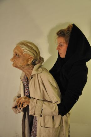 Old Woman puppet.  Paquita by Amélie Madeline.
