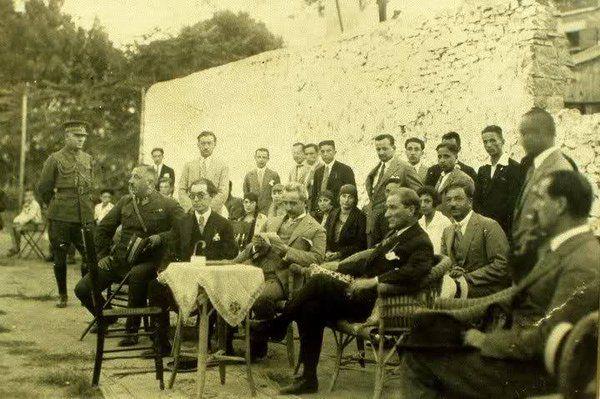 ✿ ❤ Atatürk'ün Karşıyaka Spor Kulübü ziyareti. İzmir...