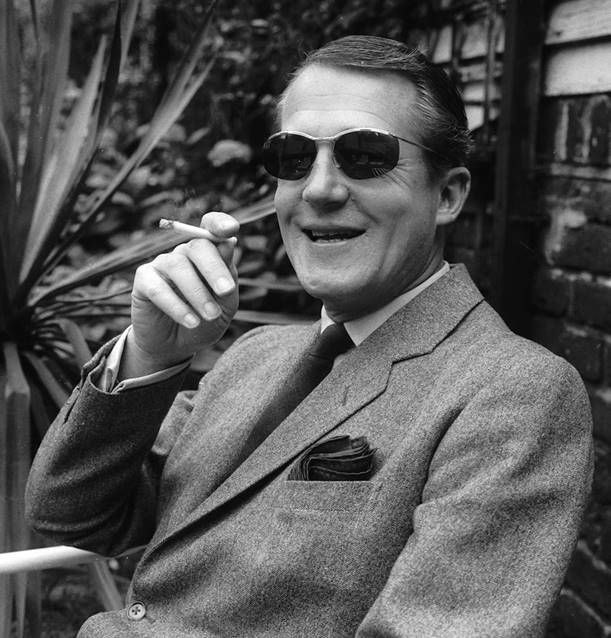 Sir Hardy Amies had great pocket square style. Men's tailoring done right #menswear #hardyamies