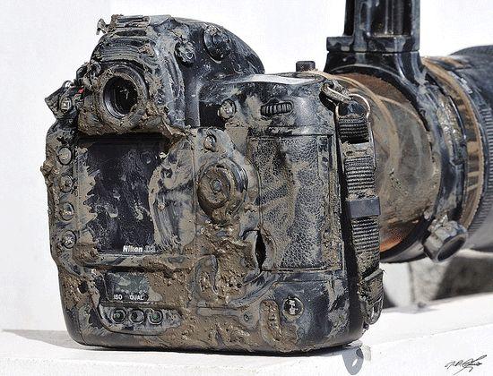 Nikon D3 Still Working http://nikonrumors.com/2011/04/06/yes-this-nikon-d3-is-still-working.aspx/