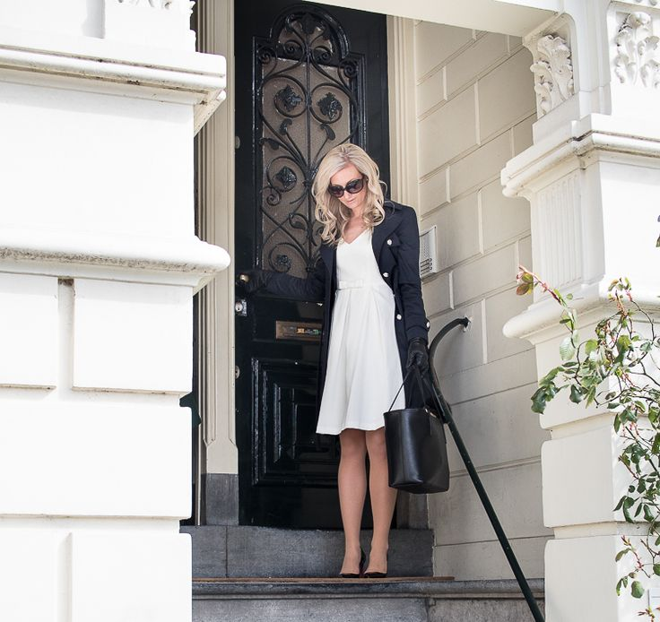 Teljänneito in Amsterdam: Outfit with Andiata cerice dress and navy trench