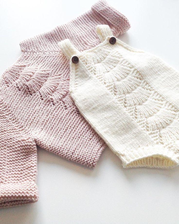 • PUDDERROSA • Ny favorittfarge ✔ #sarahsromper #camillababe #sandnesgarn #dropsgarn #knittersofinstagram #knitting_inspiration #knitinspo123 #itsybitsyknits