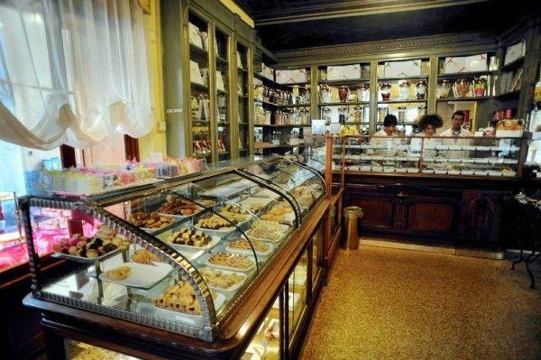 Vamos a la Pasticceria Marchesi en Milan.!!! www.gigiotopo.com