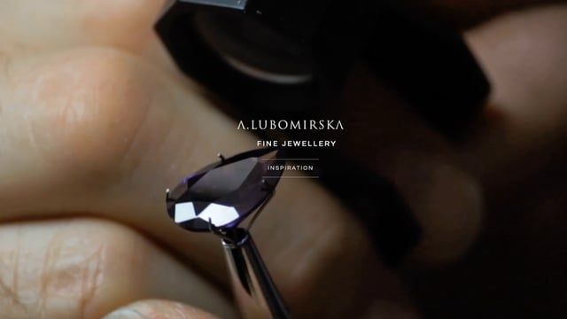 Inspirations that come from nature and eternalized stories. From dreams and ideas to creative realization. A unique look inside the Anna Lubomirska Jewellery.