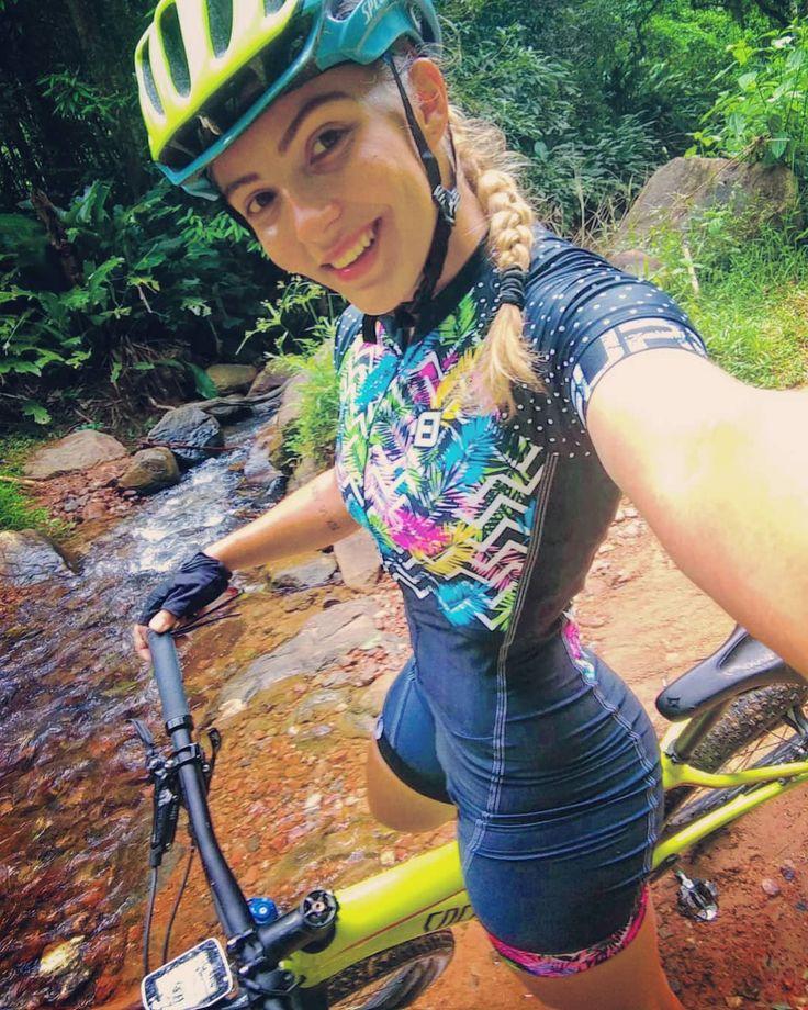 Natalia Radatz #velogirl #girl #bikegirls #cycling #cyclinglife #bicycle #girlonbike #womanonbike