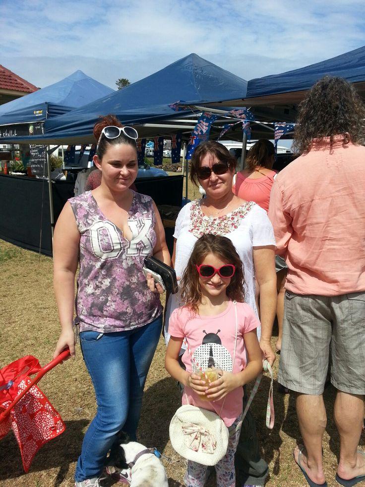 Sarah, Talia and Marie Wallace. Kiama Farmers' Market.