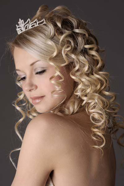 Wedding hairstyles for long hair - Ringlets edition