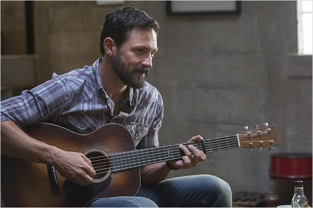 newest celebrity crush Steve Kazee. the beard!!