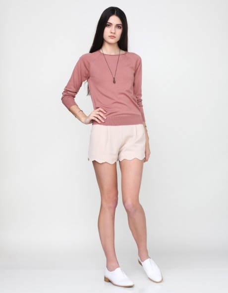 Love the scallop-edged shorts with this soft and slouchy top