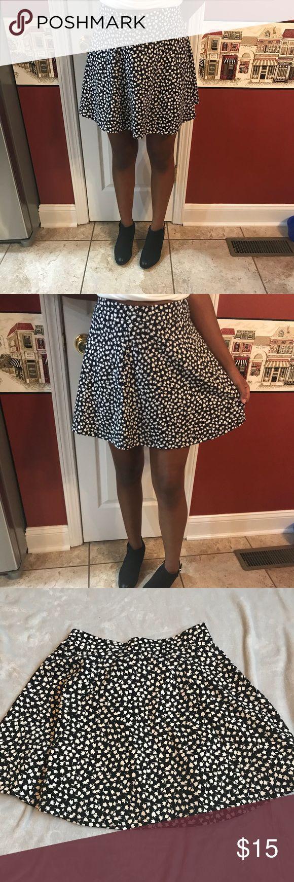Aeropostale high waisted mini shirt Nwot pull on shirt. Black with white tulips 🌷. Very cute and fun. Aeropostale Skirts Mini