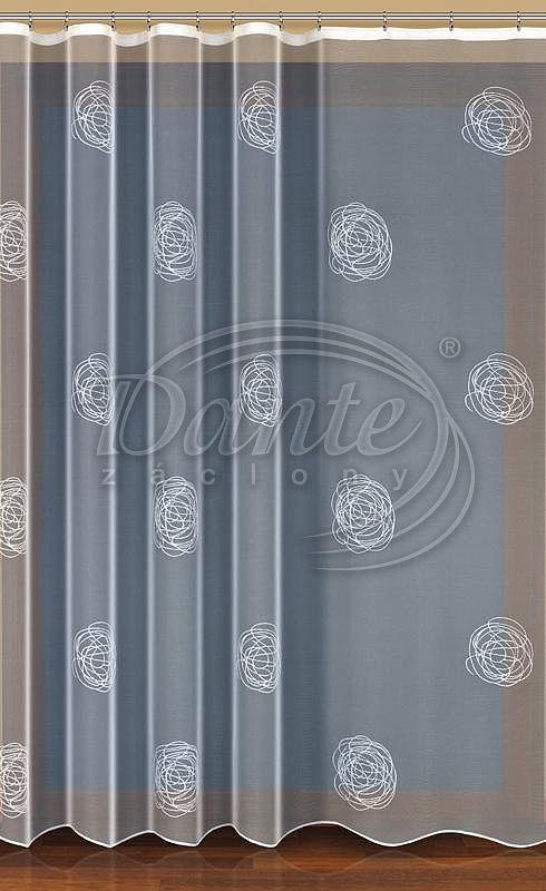 """Záclona KANASTA     Bílá moderní záclona zdůrazní osobitost každého interiéru.     Vzor je poměrně velký, """"klubko"""" má asi 20 cm.     Záclonu zdobí zajímavý vzor, který je po celé její ploše a je možné ji použít do soupravy balkón a okno.     Záclonu vám podle přání obšijeme, případně na horní okraj našijeme řasící stužku."""