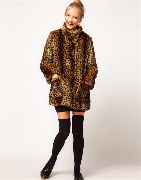Леопардовое меховое пальто