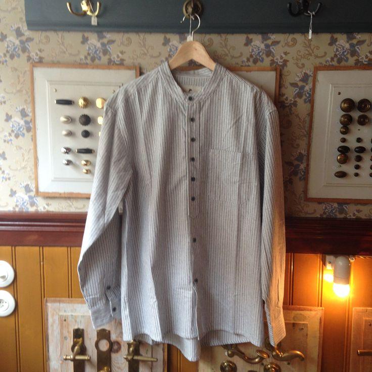 #traditional shirt from #leevalleyireland #tibberuphoekeren #smallshopkeeper #hoekeren #bonderøv #skjorte #kinaflip