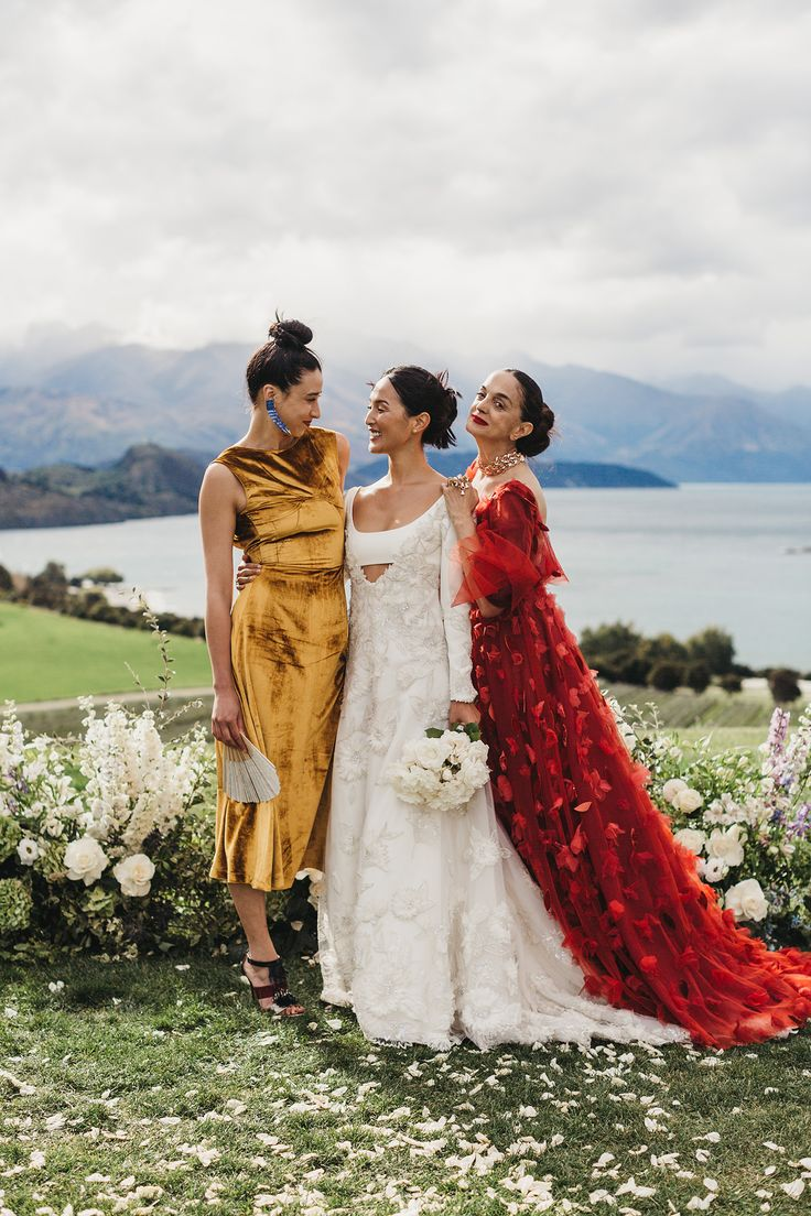The 2537 best vogue weddings images on pinterest nicole warne of gary pepper girl had a wedding at the edge of the earth in new zealand junglespirit Gallery