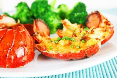 Grilled lobster tails with lemon curry butter