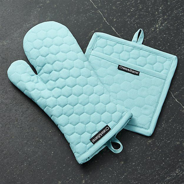 This cotton Aqua Blue Oven Mitt and Pot Holder accents the kitchen in cheerful aqua blue with fresh honeycomb quilting. Lined in terrycloth for extra comfort. $7.95-$9.95. Buy here.