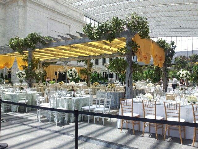 Wedding at the Cleveland Museum of Art (new atrium)