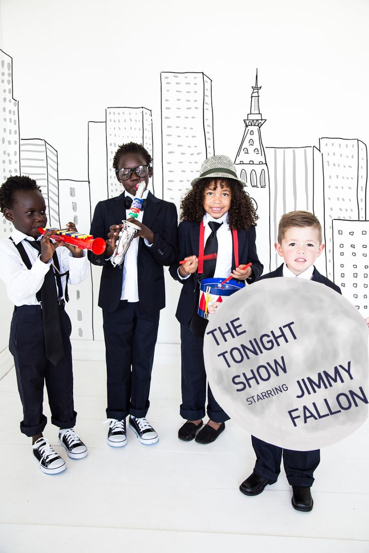 Jimmy Fallon and the Roots costumes
