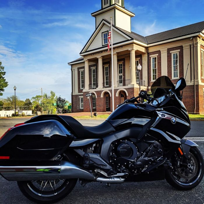 Motorcycle Bmw K1600b Bagger In 2020 Bmw Bagger Touring Bike