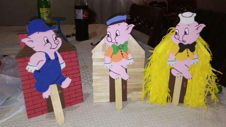 Los 3 cerditos y el lobo feroz titeres