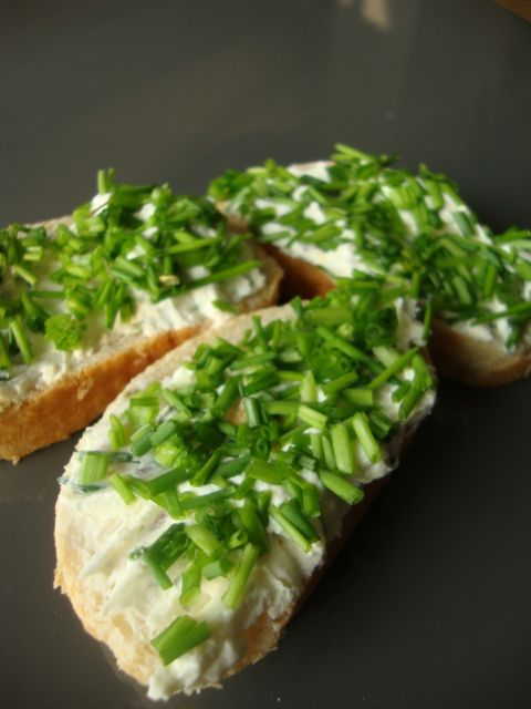 Schnittlauch Kräutercreme brot
