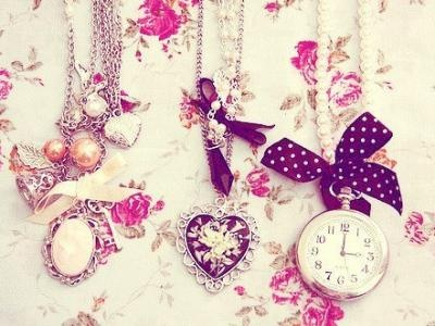 8 Projects for a Beautiful DIY Necklace ...