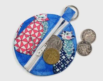 Blue cat earbud pouch, blue cat coin purse, cat chapstick holder, cat earphone holder, cat bag