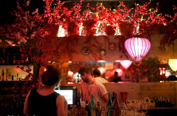 Melbourne Bars and Clubs – The Top 10 bars and clubs in Melbourne, Australia. Read more at: http://10travelspots.com/melbourne-bars-clubs-the-top-10-best-bars-and-clubs-in-melbourne-australia/